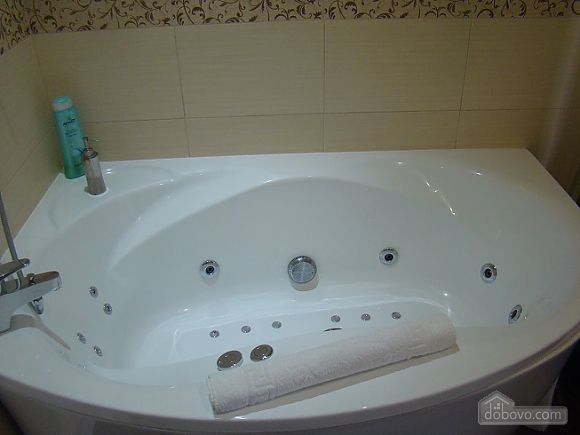 With panoramic view and Jacuzzi, Una Camera (98024), 007