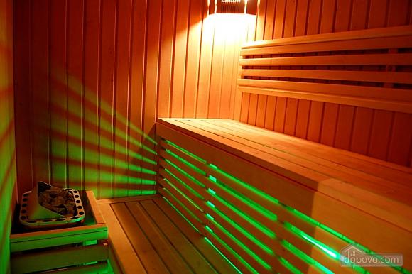 With sauna, Studio (53057), 003