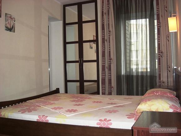 Квартира в центре Киева, 2х-комнатная (31332), 001