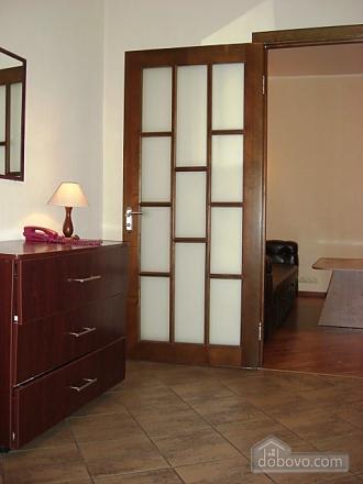 Квартира в центре Киева, 2х-комнатная (31332), 005