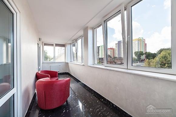 Suit in a mini-hotel, Una Camera (54507), 012
