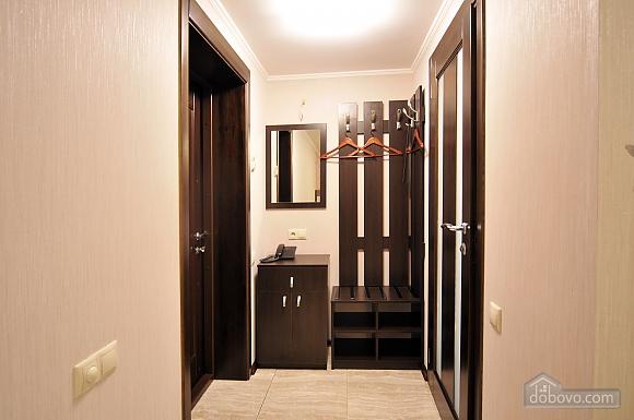 Suit in a mini-hotel, Studio (77089), 002