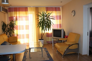 Apartment in the center of Odessa, One Bedroom, 002