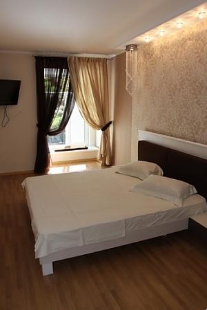 10 Deribasovskaya, Two Bedroom, 003