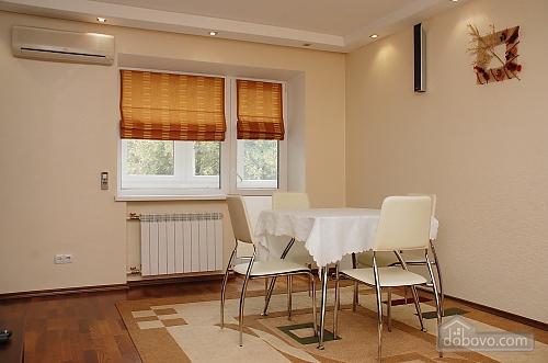Квартира на вулиці Госпітальній, 2-кімнатна (79680), 010