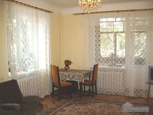 Small and cozy apartment in the center of Kharkov, One Bedroom (34912), 002