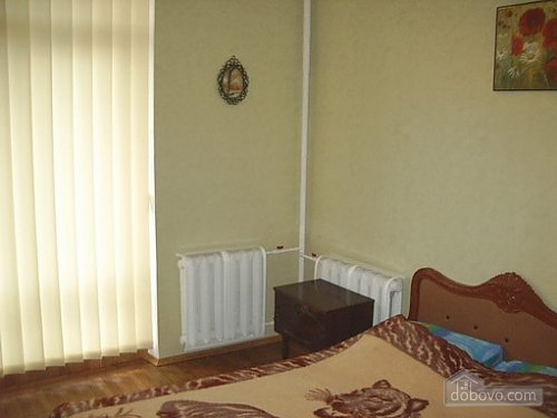 Small and cozy apartment in the center of Kharkov, One Bedroom (34912), 004