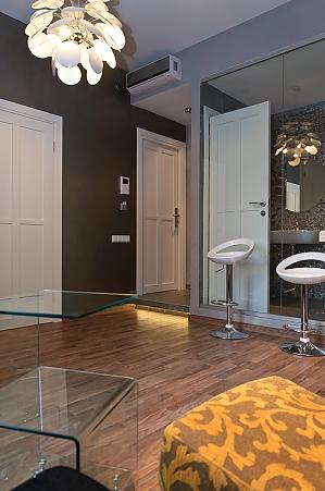 Роскошные дизайнерский апартаменты с одной кроватью на верхнем этаже с ванной, 2х-комнатная, 002