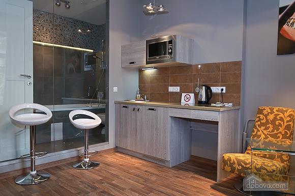 Top floor luxury designed one-bedroom apartment with bath, Un chambre (35439), 005