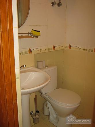 Квартира в историческом центре, 2х-комнатная (32848), 003