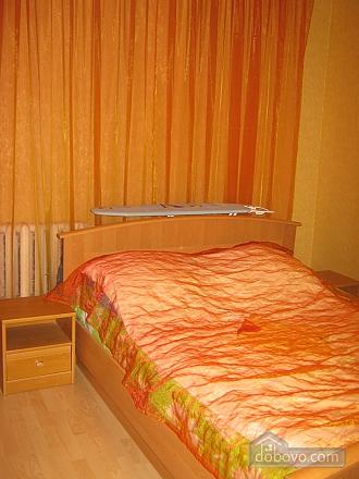 Квартира в историческом центре, 2х-комнатная (32848), 005