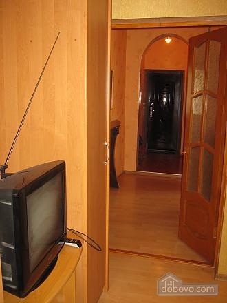 Квартира в историческом центре, 2х-комнатная (32848), 006