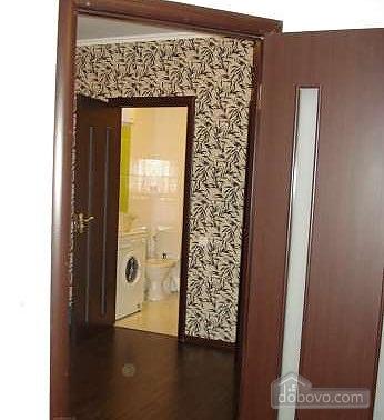 Простора квартира, 1-кімнатна (33244), 005