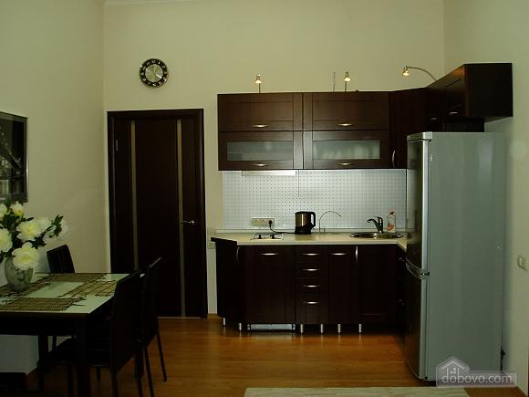 Near Zoloti Vorota, Two Bedroom (78672), 008