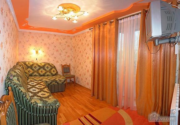 Квартира в Трускавце, 2х-комнатная (34364), 002