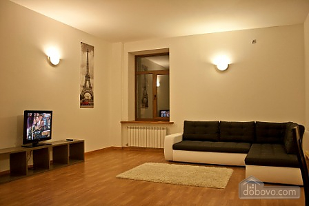 Spacious apartment in the city center, Una Camera (11914), 003