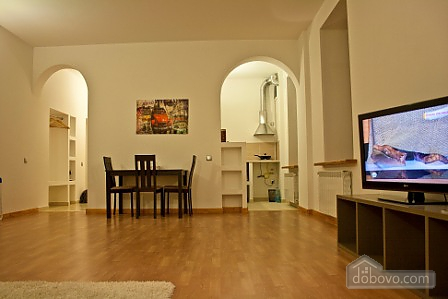 Spacious apartment in the city center, Una Camera (11914), 004
