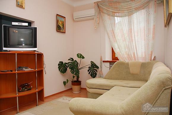 Pearl on Evropeyskaya Square, One Bedroom (80781), 002