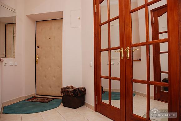 Pearl on Evropeyskaya Square, One Bedroom (80781), 009