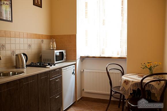 Apartment in the center, Studio (81176), 005