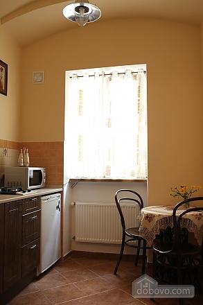 Apartment in the center, Studio (81176), 007