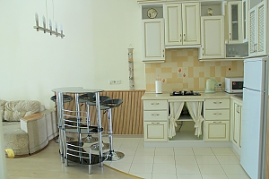 Odessa center, Two Bedroom, 002