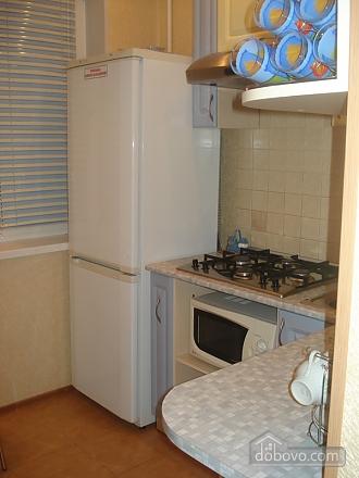 Уютная комфортабельная квартира с евроремонтом, 2х-комнатная (14748), 011