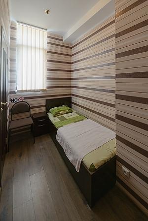 Hotel suite, Studio, 002