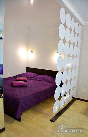 Квартира в центрі, 1-кімнатна (83286), 004