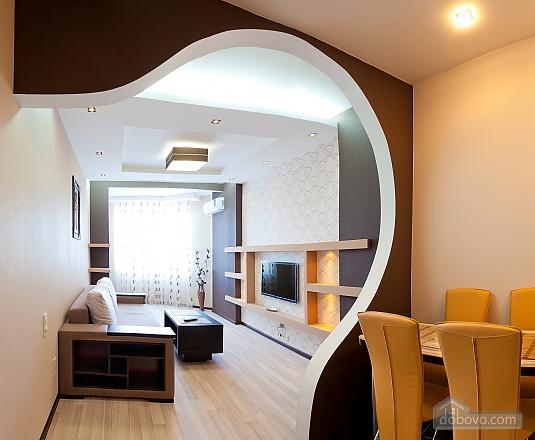 Chudo City, One Bedroom (60901), 005