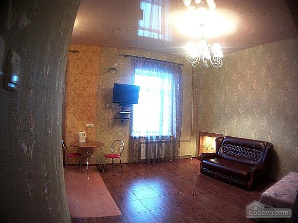 Квартира в 5 хвилинах ходи від ТЦ, 1-кімнатна (61165), 003