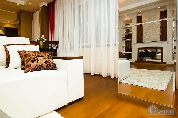 Суперлюкс апартаменты в центральном районе, 2х-комнатная (61495), 018