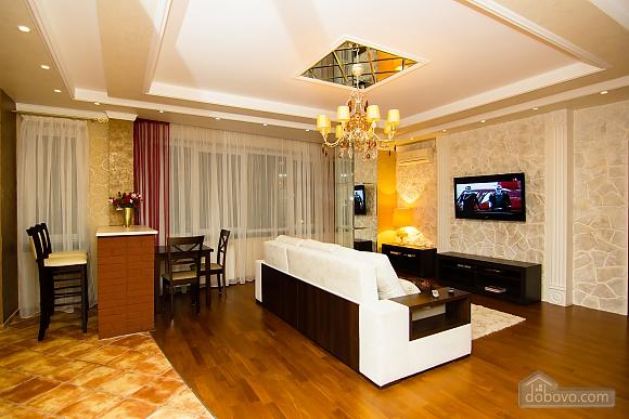 Суперлюкс апартаменты в центральном районе, 2х-комнатная (61495), 001