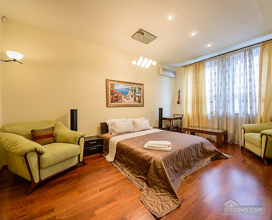Two-bedroom apartment with two bathrooms and kitchen, Two Bedroom (84143), 010