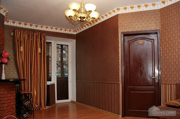 Lesi Ukrainky, Un chambre (39242), 007