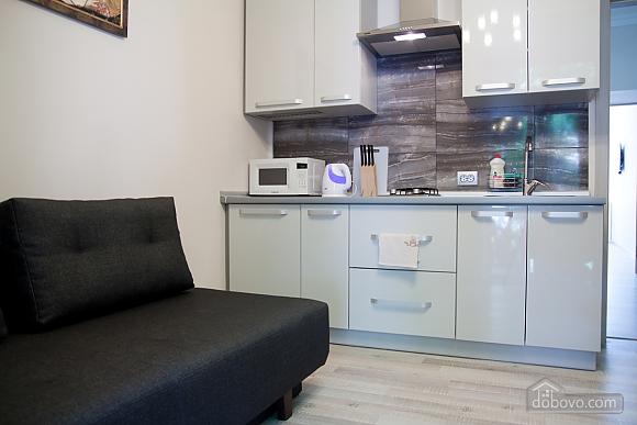 Luxury apartment near to Rynok square, Studio (17451), 009