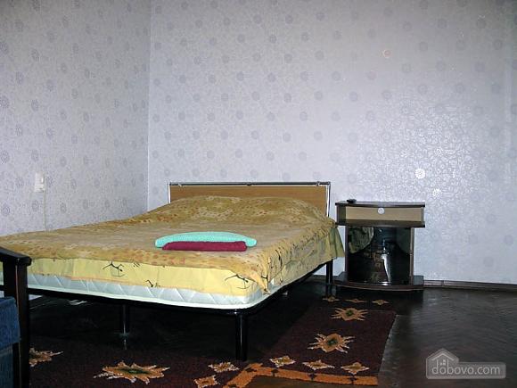 Метро Дорогожичи, 1-комнатная (18901), 001