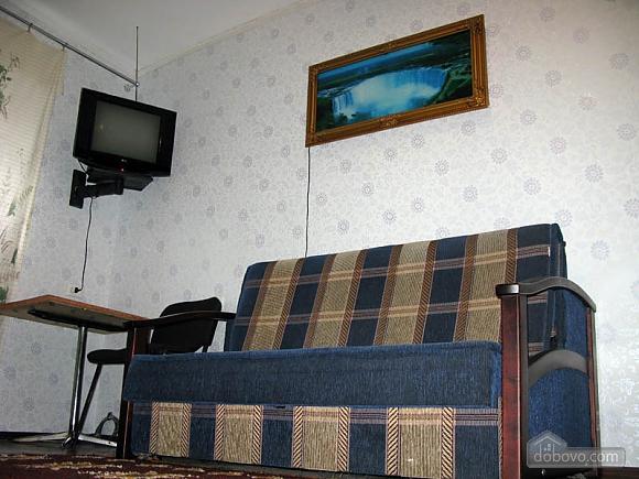 Метро Дорогожичи, 1-комнатная (18901), 002