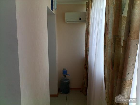 Заливна, 1-кімнатна (64000), 008