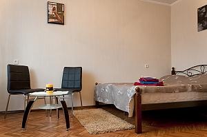 Apartment near Lukianivska metro station, Monolocale, 001
