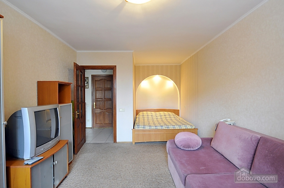 Затишна квартира в центрі, 1-кімнатна (66636), 003