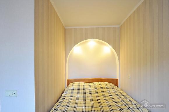 Затишна квартира в центрі, 1-кімнатна (66636), 004