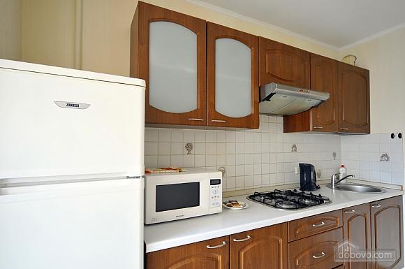 Затишна квартира в центрі, 1-кімнатна (66636), 009