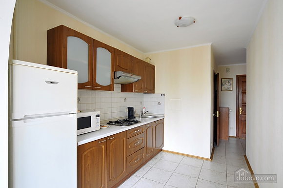 Затишна квартира в центрі, 1-кімнатна (66636), 010