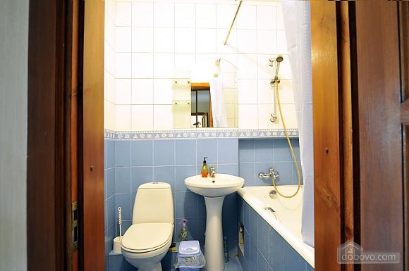 Затишна квартира в центрі, 1-кімнатна (66636), 012