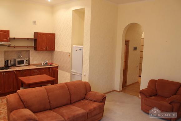 Golden Gates, One Bedroom (21868), 003