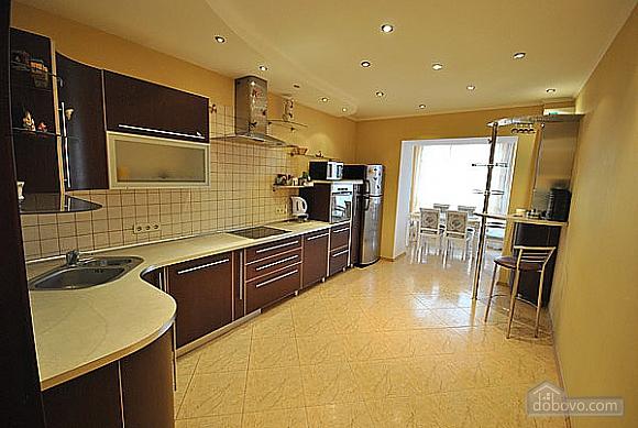 Просторная квартира в Аркадии, 2х-комнатная (66900), 007