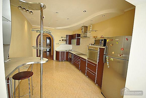 Просторная квартира в Аркадии, 2х-комнатная (66900), 008