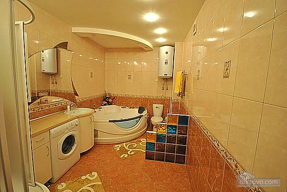 Просторная квартира в Аркадии, 2х-комнатная (66900), 010