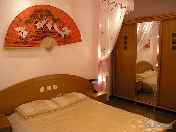 Буковинська, 2-кімнатна (44911), 001